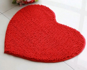 Heart-Shaped Microfiber Floor Mat